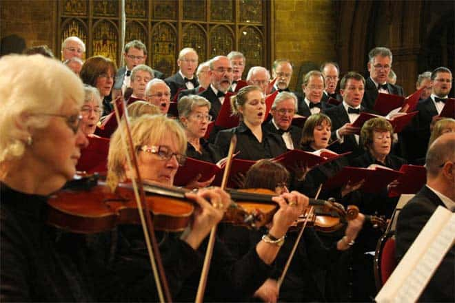 03-Violins-and-choir